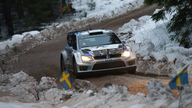 Svezia, PS7: spettacolo, Ogier torna al comando!