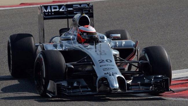 Bahrein, Day 1 (Ore 12): Magnussen si porta in vetta