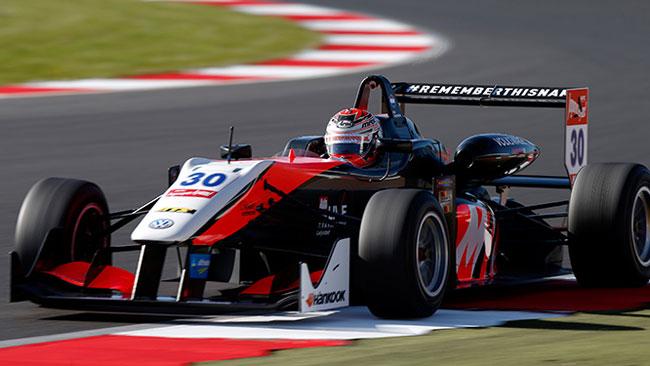 Rookie subito protagonisti nelle libere di Silverstone