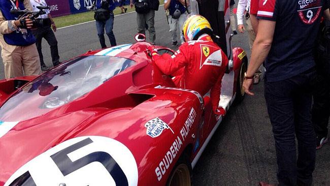 Alonso ha guidato una Ferrari 512 a Le Mans