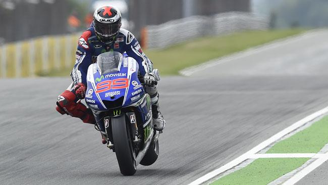 La spunta Lorenzo: rinnova con Yamaha solo un anno