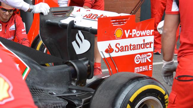 La Ferrari riduce le soffiature dell'ala dietro