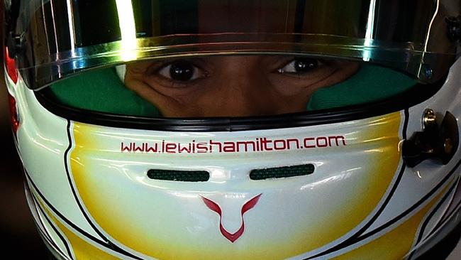 Hamilton senza manager, mentre tratta con Mercedes!