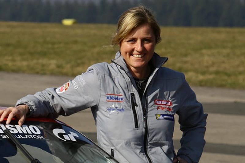 Sabine Schmitz sulla Cruze-Münnich al Nürburgring