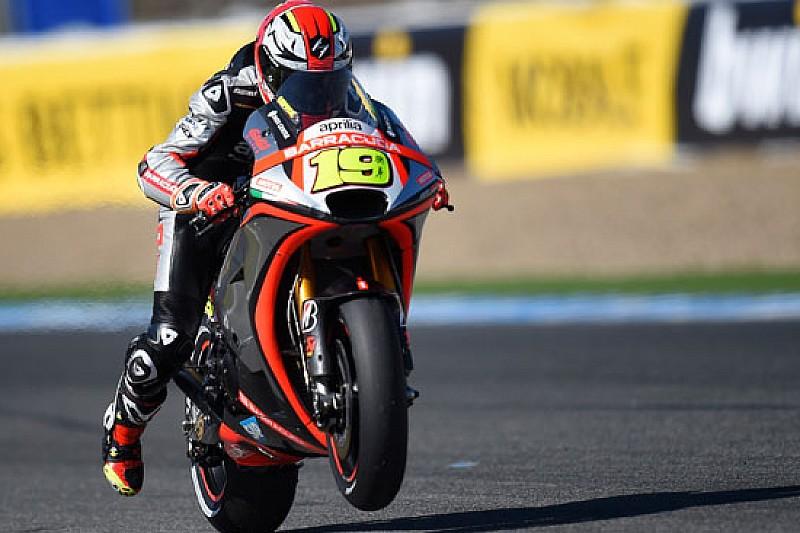 Alvaro Bautista piazza l'Aprilia RS-GP in quinta fila