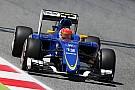 Nasr admite que la falta de carga aerodinámica complica a Sauber