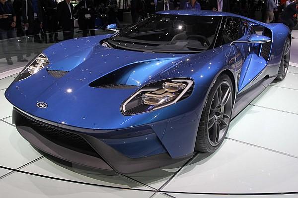 Exclusif - Premiers tours de roues pour la nouvelle Ford GT