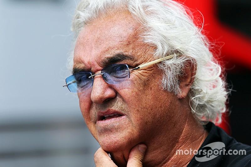 Briatore - La F1 doit penser à la course plutôt qu'à la technologie