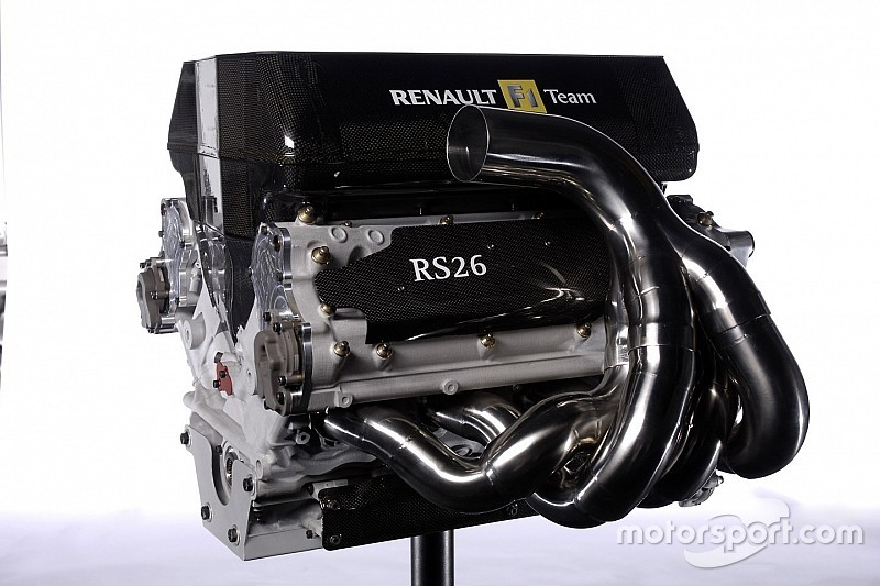 """Ecclestone - """"Jamais le V8 n'aurait dû être abandonné"""""""