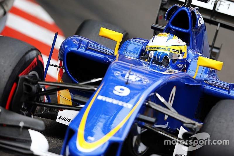Sauber made to wait for updated Ferrari engine