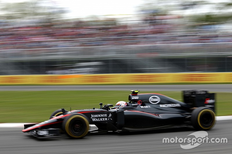 "Button denies McLaren's season is ""terrible"""