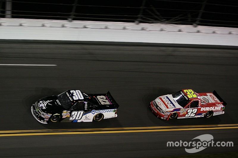 Somente mais circuitos mistos na NASCAR não ajuda a internacionalizar a categoria