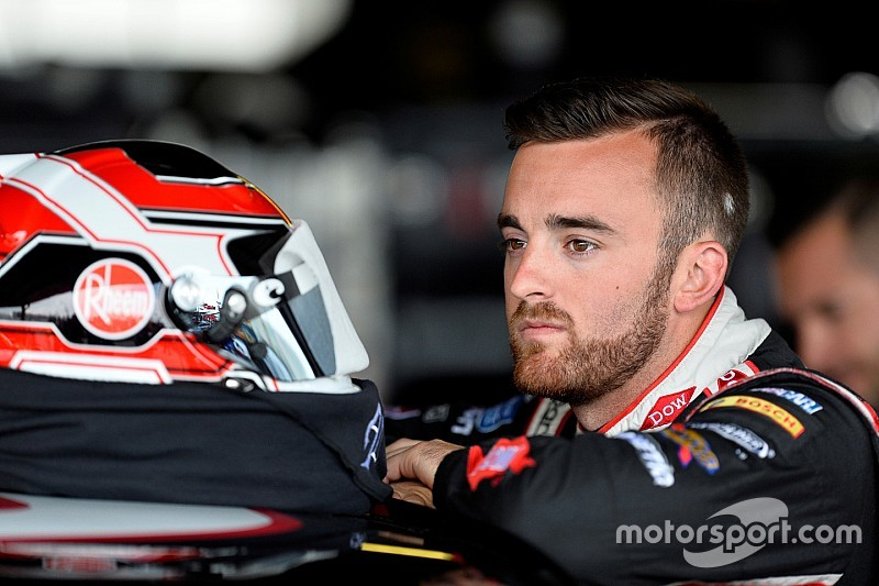 Austin Dillon looking to turn the corner with RCR in 2015
