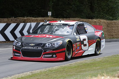 De Goodwood a Daytona, Bobby Labonte está de regreso en la Sprint