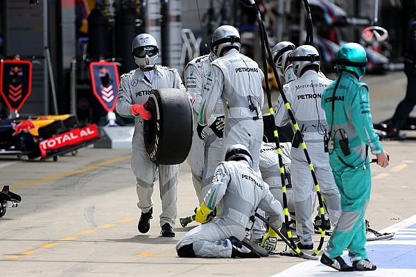 Após blefe da Mercedes, FIA ressalta que paradas falsas são ilegais