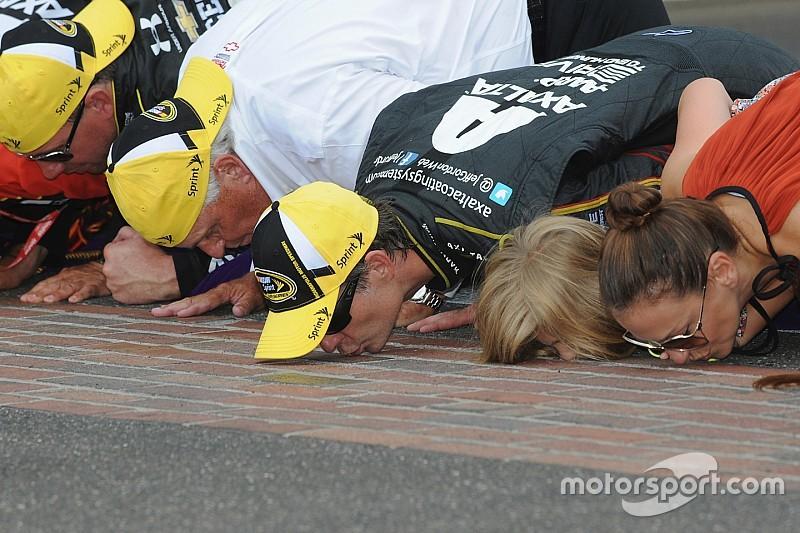 """""""É covardia comparar audiências de NASCAR e Indy"""", diz especialista"""