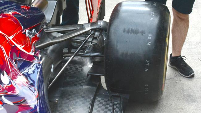 Toro Rosso: c'è un braccio a diapason nel retrotreno!