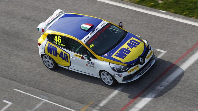 Simone Iacone firma la pole position ad Imola