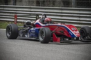 Formula Abarth - Italia Ultime notizie Piero Longhi ancora una volta in pole!