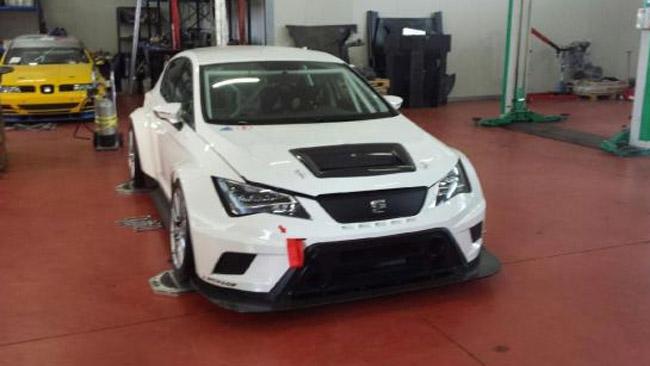 A Magione debutta la Seat Leon Cup Racer della MM