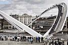Julien Dupont scala il Millennium Bridge di Newcastle!