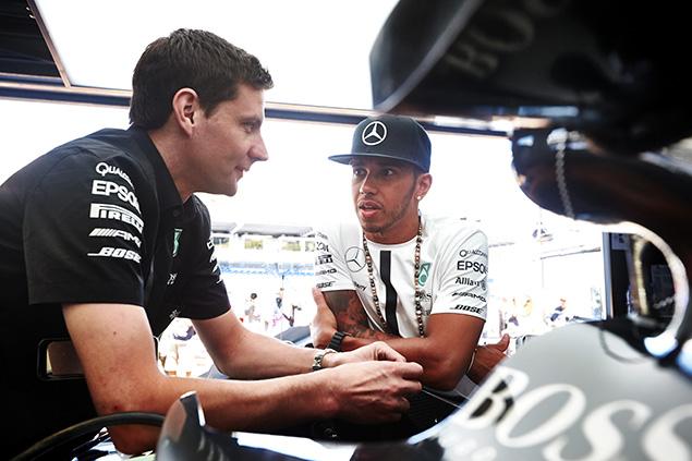 هاميلتون: لا أريد العودة والحديث حول سباق موناكو