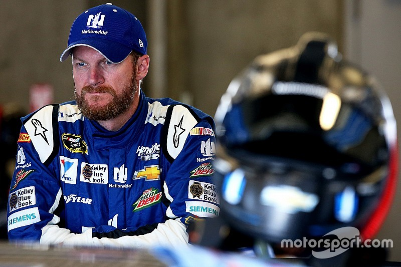 Earnhardt admits that Hendrick Motorsports has some work to do