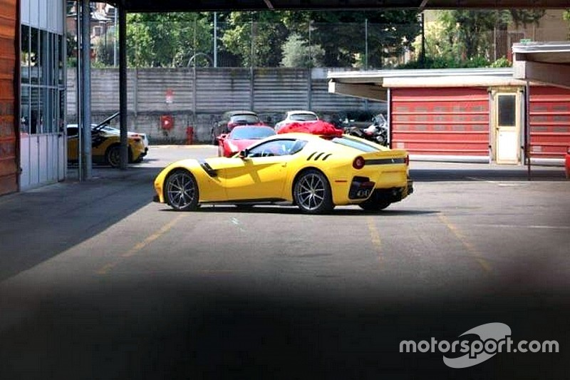 Première photo de la nouvelle Ferrari F12 Speciale