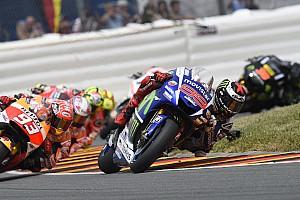 MotoGP Opinión Lorenzo feliz por recortar cuatro puntos