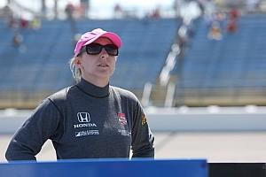 IndyCar Actualités Pippa Mann de retour chez Coyne avec Tristan Vautier