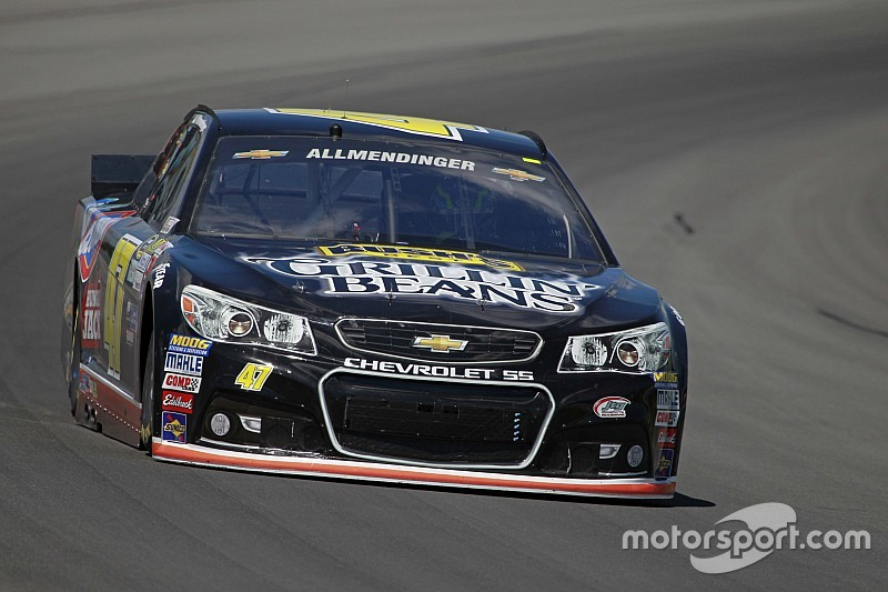 Bush's re-signs with JTG Daugherty Racing