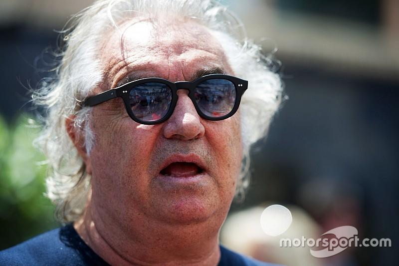 Бриаторе: Pirelli права, а Ferrari нет