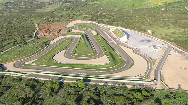 I Magliona mettono in vendita l'Autodromo di Sardegna