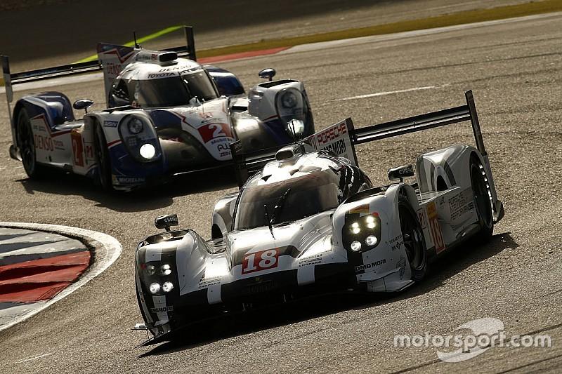 Nurburgring, 2 Ora:penalizzata la prima Porsche