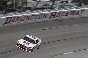 NASCAR Cup Relato de classificação Keselowski larga na pole em Darlington