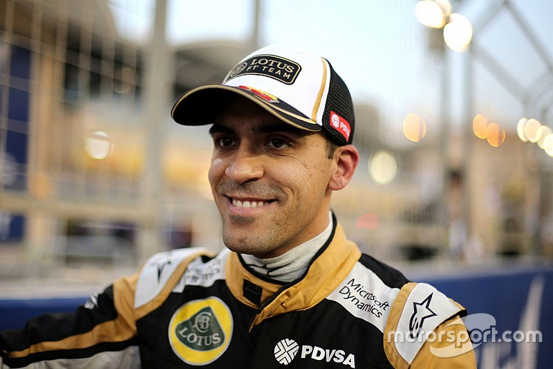 Pastor Maldonado behält sein Cockpit bei Lotus für 2016