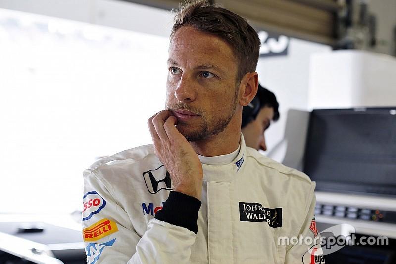Баттон надеется, что Формула 1 обойдется без третьих машин