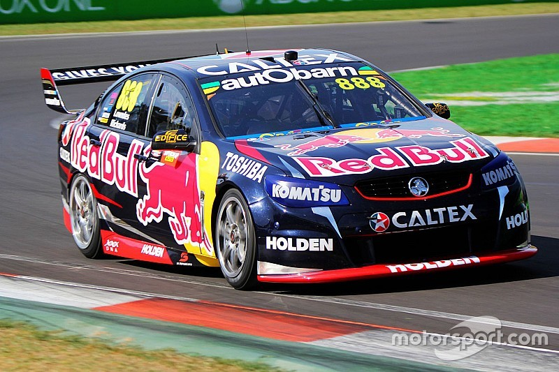 Lowndes/Richards win tense Bathurst 1000