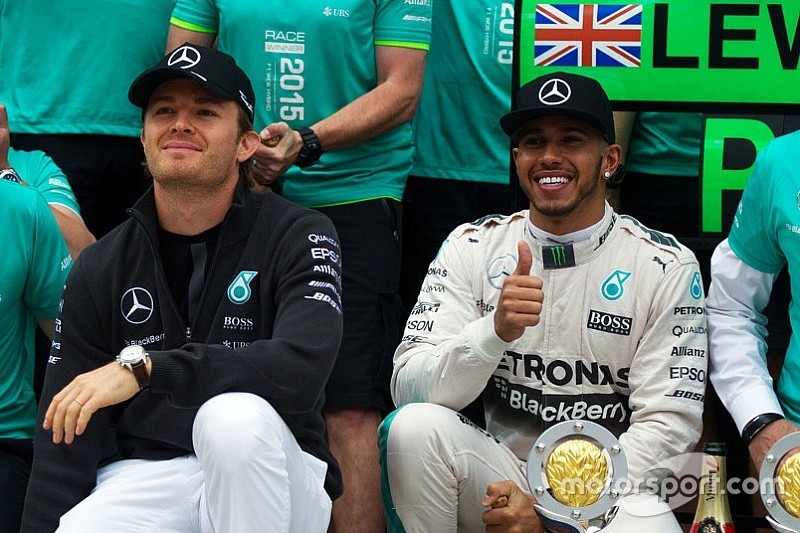 """Rosberg """"realistic"""" on F1 title chances after Sochi DNF"""
