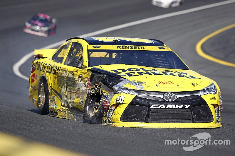 Kenseth not changing approach after catastrophic Charlotte
