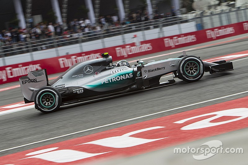 Nico Rosberg domina in Messico, domenica no Ferrari