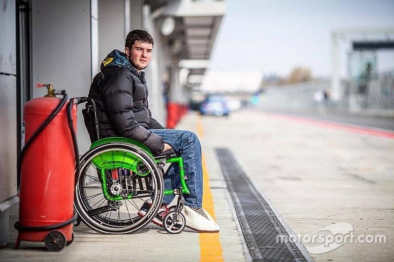 Василий Грязин: Еще не хожу, но уже вожу автомобиль