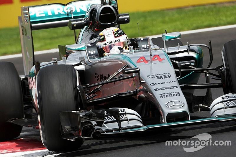 Hamilton raakte drie geparkeerde auto's in Monaco-crash