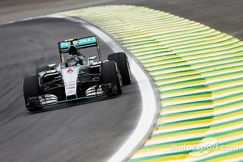 VT2: Rosberg snelst, Verstappen 14e en code rood voor Alonso