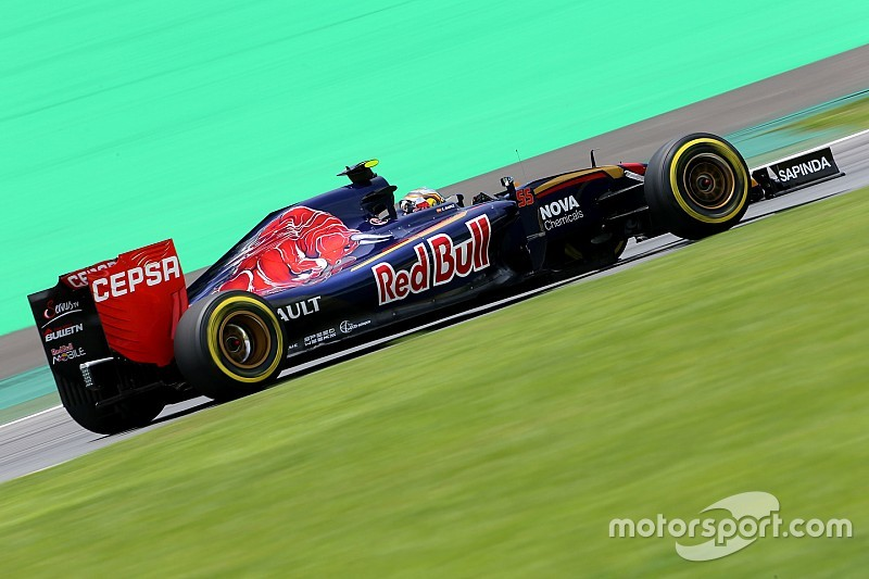 """""""Angry"""" Sainz frustrated by reliability issues"""