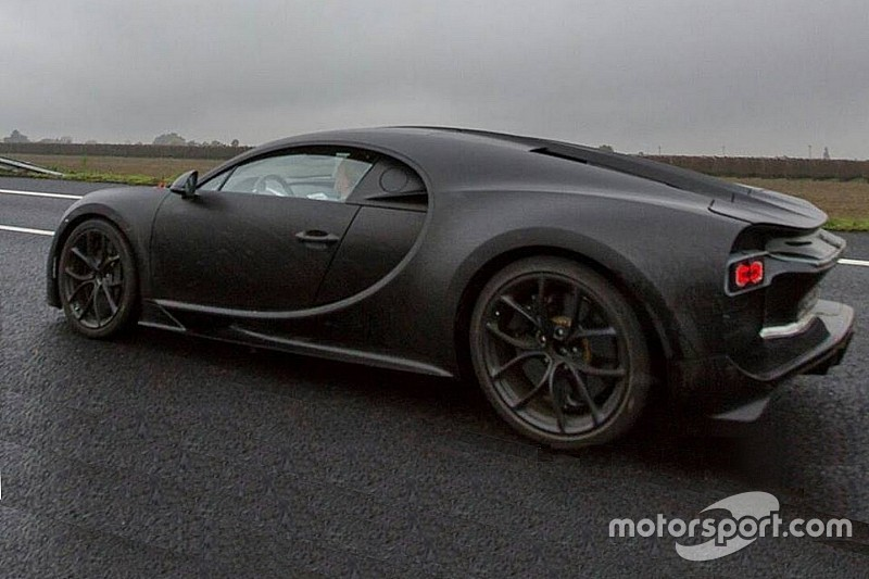 """Bugatti-baas: """"Opvolger Veyron is sneller, mooier en luxueuzer"""""""
