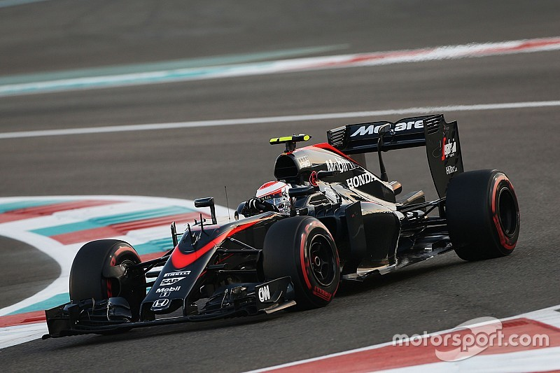 A day of mixed fortunes for McLaren drivers in Abu Dhabi
