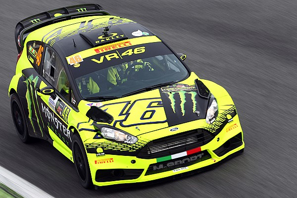 Fotostrecke: Valentino Rossi bei der Rally-Show in Monza