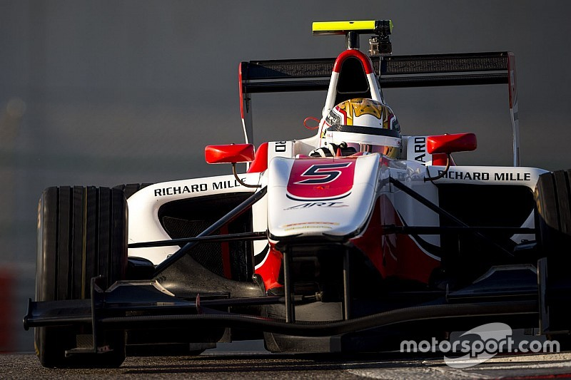 Leclerc fue el más veloz en el primer día de pruebas en Abu Dhabi