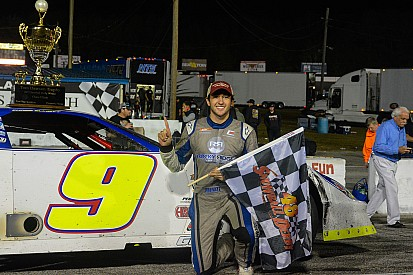 Chase Elliott inherits Snowball Derby win, Bell disqualified